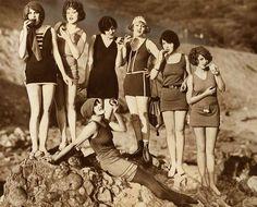 1920s Swimwear, Retro Wunderland