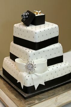 Black & White Wedding Cake with fondant bow, ring box & edible silver balls (Dragees) Bow Wedding Cakes, Square Wedding Cakes, Fondant Wedding Cakes, Wedding Cakes With Cupcakes, Wedding Bows, Elegant Wedding Cakes, Beautiful Wedding Cakes, Wedding Cake Designs, Beautiful Cakes