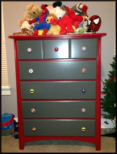 super hero dresser // colors