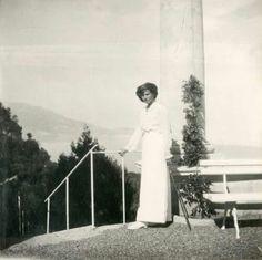 Grand Duchess Tatiana Nikolaevna Romanova of Russia at the ruined palacr of Oreanda in the Crimea in 1914.A♥W