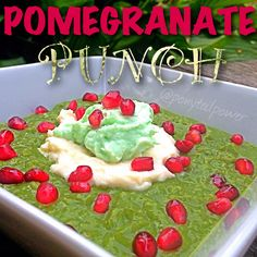 Pomegranate Punch Oats  This is my Matcha Green Tea oats topped with: pomegranate seeds, a layer of ☁☁vanilla ricotta whip and a ⚪⚪dollop of cool creamy Greek yogurt creme infused with sugar free pistachio pudding