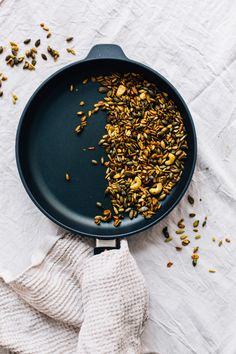 Turmeric Spiced Toasted Seeds | tuulia blog