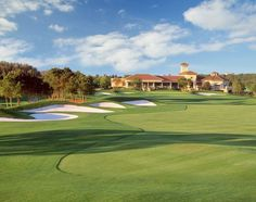 Falcons Fire Golf: Is distinguished as one of the best public golf course in Orlando. The championship golf course is designed by Rees Jones. Its large clubhouse provides a great venue for any special event. It also provides a great dining option with its Falcon's Nest Restaurant.