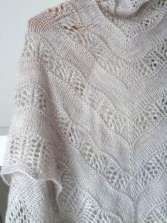 Knitting Pattern Shawl: Shaelyn