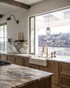 Home Decor Inspiration .Home Decor Inspiration Interior Design Kitchen, Kitchen Decor, Kitchen Ideas, Interior Paint, Layout Design, Country Look, Country Living, Cuisines Design, Home Decor Accessories