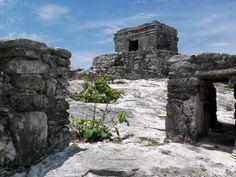 Aprovecha los vuelos baratos a Cancún para conocer Tulum - http://revista.pricetravel.com.mx/vuelos-baratos/2015/03/29/aprovecha-los-vuelos-baratos-a-cancun-para-conocer-tulum/