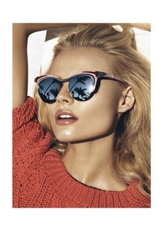 Reflections, sun glasses, blond, mid length