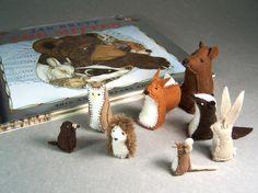 Animals from The Mitten - Little Wool Felt Bear, Fox, Badger, Owl, Rabbit… Felt Stories, Felt Patterns, Wet Felting, Felt Art, Textiles, Felt Animals, Felt Crafts, Wool Felt, Mittens