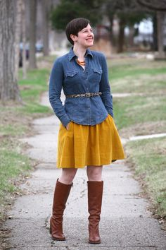 Denim shirt, leopard belt, mustard skirt, cognac boots my-style-looks-with-belts Mustard Pants, Mustard Skirt, Chic Outfits, Fall Outfits, Fashion Outfits, Yellow Skirt Outfits, Boating Outfit, Colourful Outfits, Outdoor Outfit