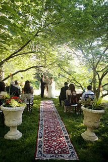 Bohemian Wedding Ideas - exotic aisle carpet  #bohemianwedding #bohoaisledecor