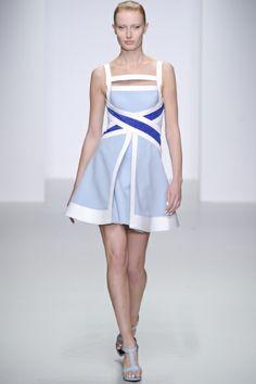 Sfilata David Koma Londra - Collezioni Primavera Estate 2014 - Vogue