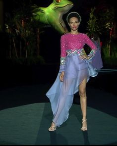Jul 2019 - Beautiful Embellished Pink / Purple Asymmetric Evening Mini Dress / Short Dress with Long Sleeves. Runway Show at the Mercedes-Benz Fashion Week Madrid by Hannibal Laguna Haute Couture Dresses, Couture Mode, Style Couture, Couture Fashion, Fashion 2020, Fashion Week, Runway Fashion, Fashion Show, Fashion Design