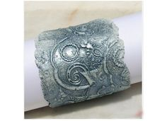 napkin-ring tutorial using stamps and air dry clay