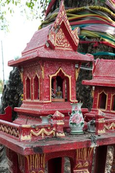 Little Prayer Temple, Thailand These wayside and home prayer spaces are for anyone walking by. Family homes will have their own design - family history