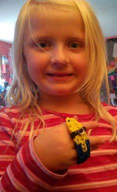 Minion rubberband Rainbow bracelet