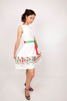 Vintage 1950s White Cotton Day Dress with Italian by aiseirigh, $68.00