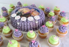 Tangled - Rapunzel Cake & Cupcakes by Piece of Cake - Cupcakes!, via Flickr