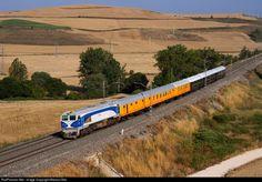 RailPictures.Net Photo: 319.332 Renfe GM/Macosa 319 at Santa María del Invierno (Burgos), Spain by Marcos Maté:
