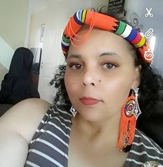 Gorgeous light weight beaded head piece with matching fringed earrings. Headpiece Jewelry, Rope Jewelry, Unique Jewelry, African Beads, African Jewelry, Zulu, Headgear, Diva, My Etsy Shop