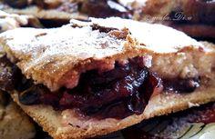 World's pot: Prajitura-placinta cu prune Prune Plum, Plum Pie, Deserts, Good Food, Sweets, Kitchens, Postres, Dessert, Healthy Food