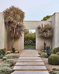 Portsea Garden by Phillip Withers located in - - - -Yes or No? Portsea Garden by Phillip Withers located in - - - - Portsea Garden by Phillip Withers . Landscape Architecture, Landscape Design, Architecture Design, Garden Design, Exterior Design, Interior And Exterior, Casa Magnolia, Outdoor Spaces, Outdoor Living