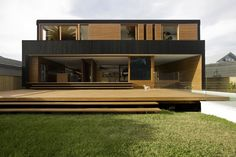 floating deck, stairs