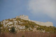 Zu den bedeutendsten Orten der Katharerzeit gehört die Burg von Montségur. Bis heute ist der Geist dieser spirituellen Bewegung zu spüren.