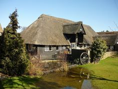 The Chestfield Barn pub & restaurant, Chestfield Golf Club, Chestfield, Kent, England by Paul Anthony Moore, via Flickr