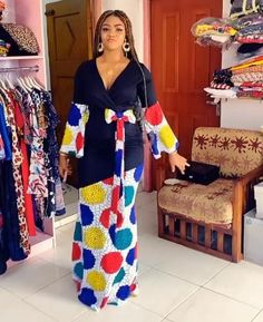 Ankara Trending Style Classy Dress, Classy Outfits, Stylish Outfits, Pretty Dresses, Dresses For Work, African Maxi Dresses, African Print Fashion, African Design, African Fabric