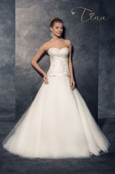 4feade3d9eff Svadobné šaty s viacvrstvovou tylovou sukňou - PRINCEZNOVSKÉ ŠATY Svadobné  Šaty