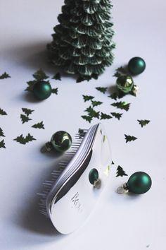 Christmas Giveaway: Ikoo Brush ~ dontbearunaway