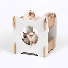 Wooden Cat House, Cat House Diy, Cat Heaven, Cat Room, Barbie Dream House, Pet Furniture, Animal House, Diy Stuffed Animals, Animal Design