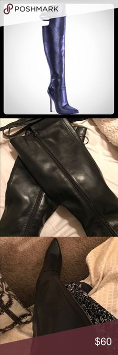 Target Altuzarra Boots Sz 8 Thigh's the Limit. Boot season is back and the Altuzarra for Target Over-the-Knee Boot with Tassels is a statement style straight off the runway. Pull them on with a pretty pencil to give your workday wardrobe a feminine charge or over jeans for an almost-famous flair. These beautiful boots are gently tapered for the most flattering fit and finished with tassel-tipped multi-straps and a below-the knee behind-the-knee adjustable strap for comfort and flexibility…