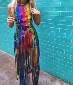Get the best sequins and sparkles festival fashion outfit inspiration. Get links to the outfits, the gear and people who created them for more inspiration! Festival Looks, Festival Mode, Rave Festival, Festival Wear, Festival Fashion, Pride Outfit, Rainbow Outfit, Rainbow Fashion, Rainbow Clothes