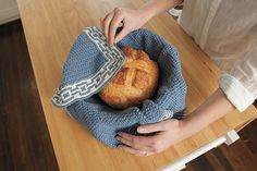Bread Warmer from Retro Kitchen Knits