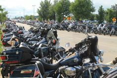 Big Taste Grill (Milwaukee, WI) – The Road To 110 Years Of Harley Davidson