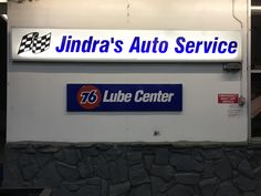Auto Service, Motorcycles, Flat Screen, Cars, Places, Home Decor, Blood Plasma, Decoration Home, Room Decor