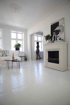 painted wood floors the secret of white painted floors White Painted Wood Floors, Painted Hardwood Floors, Painted Floorboards, White Wooden Floor, White Flooring, Painting Laminate Floors, Wood Flooring, Painted Kitchen Floors, White Washed Floors