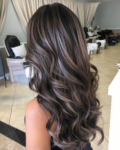 100 dark hair with strong platinum highlights are perfect if you Ash Blonde Balayage dark Hair Highlights perfect Platinum strong Brunette Hair Cuts, Brown Blonde Hair, Ash Blonde Balayage Dark, Balayage Brunette, Ash Brunette, Brunette Hair Colour, Dark Hair Balyage, Grey Ash Blonde, Carmel Balayage