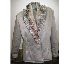 Sáčko+Sáčko+je+ušito+z+bavlněného+materiálu,+má+podšívku.+Límec+je+ušitý+netradičně+z+měňavého+materiálu.Určeno+pro+podzimní+nošení.+Velikost+44. Blazer, Sewing, Jackets, Crafts, Women, Fashion, Down Jackets, Moda, Dressmaking