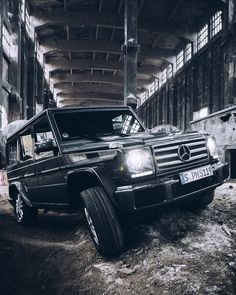 The best in every setting: The Mercedes-Benz G-Class.  Photo by Max Leitner (www.maxleitner.com) for #MBsocialcar