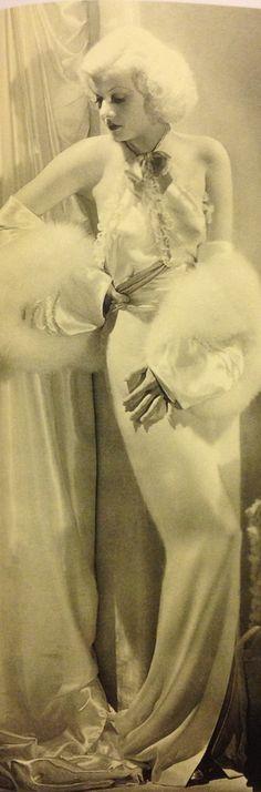 Jean Harlow in 1933                                                       …