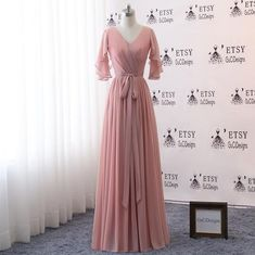 Bridesmaid Dresses Long,Bridesmaid Dress Butterfly Sleeve,Dusty Pink Bridesmaid Dress Chiffon V-neck,Maxi Evening Party Pregnant Dress 15 Dresses, Maternity Dresses, Formal Dresses, The Dress, Dress For You, Dusty Pink Bridesmaid Dresses, Dress Making, Designer Dresses, Beautiful Dresses