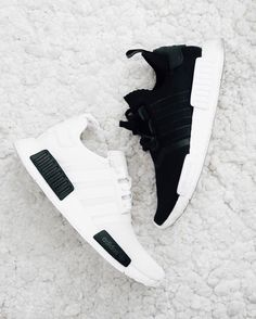 "unstablefragments2: ""Black & White (via Kicksdailynz) """