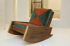 Wood Chair Reclaimed-Wood Furniture by Carlos Motta : TreeHugger Awesome Rocking Chair! Recycled Wood Furniture, Driftwood Furniture, Unique Furniture, Pallet Furniture, Furniture Projects, Furniture Making, Furniture Design, Wood Projects, Industrial Furniture