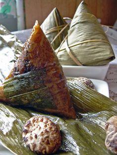 Bak Chang - Nyonya rice dumpling with mushroom, meat etc.