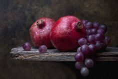 Three Fruit Still Life Photography | Grapes with Pomegranates | Flickr - Photo Sharing!