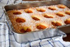 Klassischer Marillenkuchen Apple Pie, French Toast, Bakery, Sweets, Desserts, Cooking, Breakfast, Food, Drink