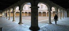 Palais Granvelle - cour intérieure