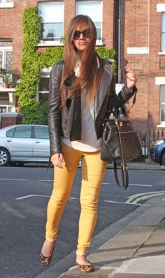 Mustard jeans and leopard flats... http://fashioninsideout.co.uk/?p=4859#